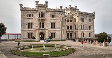 Schloss Miaramare von der Landseite